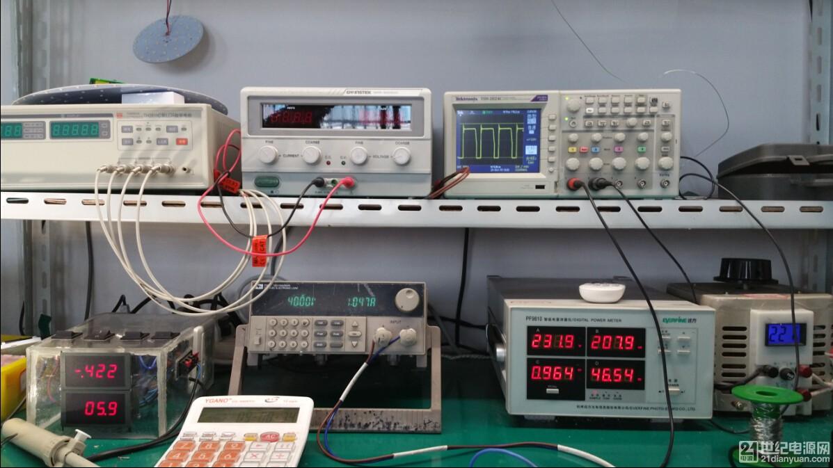VDS波形,输入输出参数,效率直接近90%.jpg