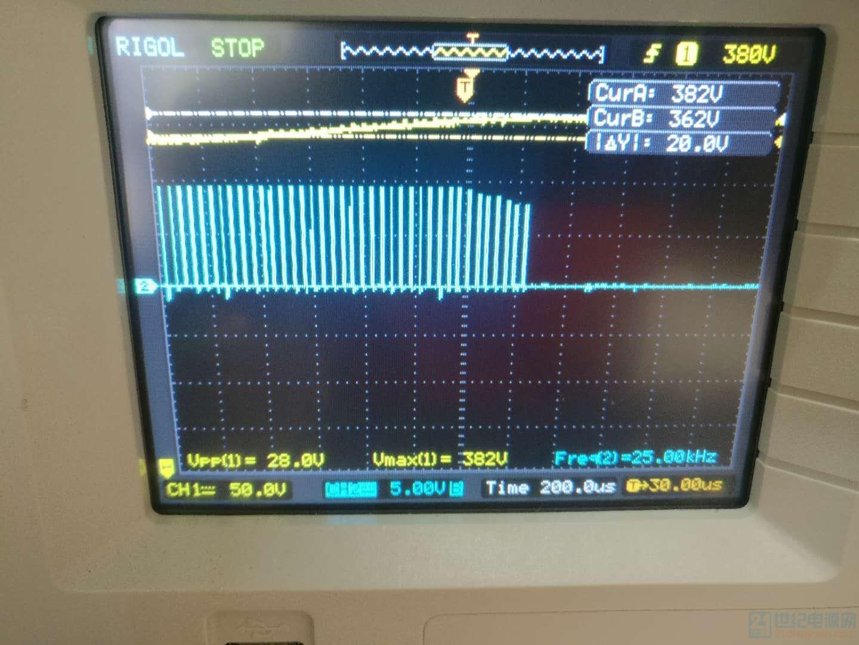 黄色:母线Vin-A电压;蓝色:6562D的VGS