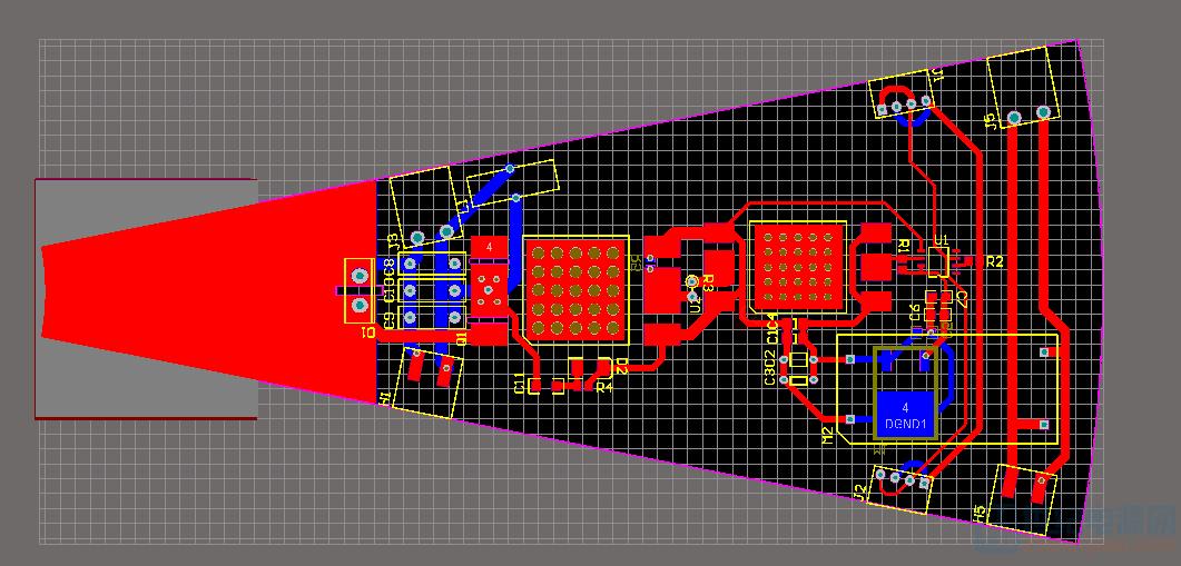 没有给地覆铜的PCB,简化了很多外围元器件