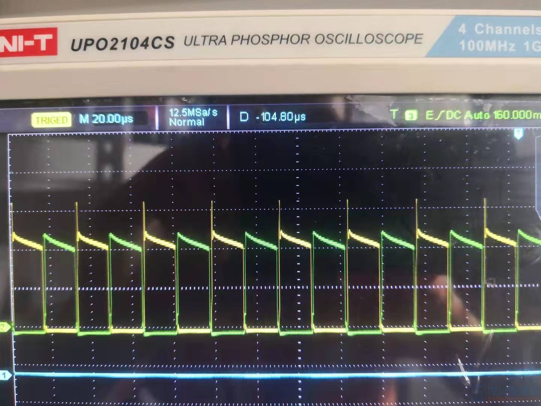 没有加母线电压时的信号